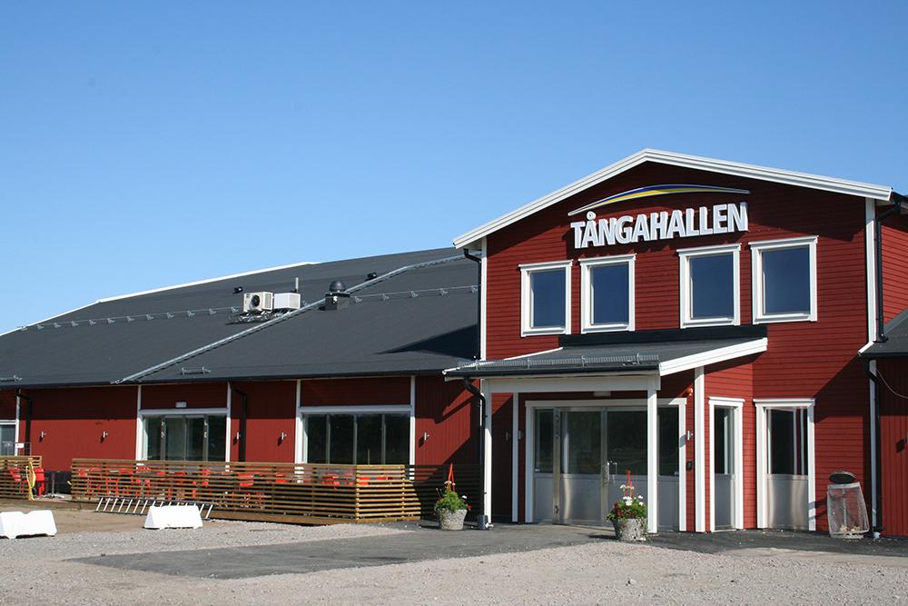 Entrén till Tånga Hallen vid Tångahed i Vårgårda